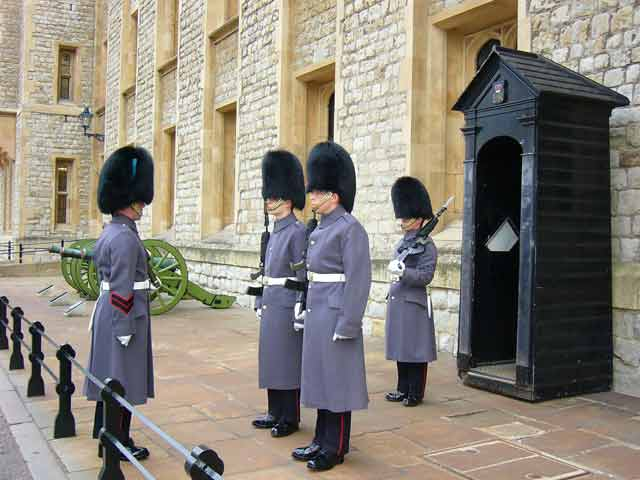 Стражники Тауэра